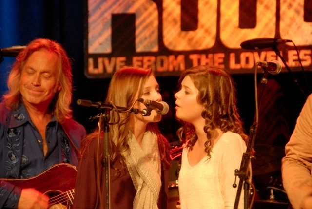 Jim Lauderdale & the Church Sisters.